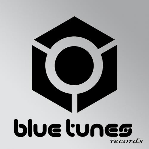 Album Art - Drums & Roses
