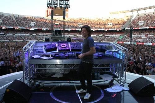 Perfecto ft Paul Oakenfold (9/3)
