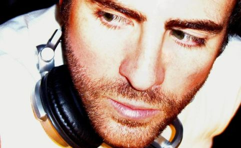 Gareth Emery Profile Link