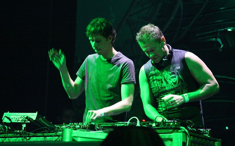 Cosmic Gate Profile Link