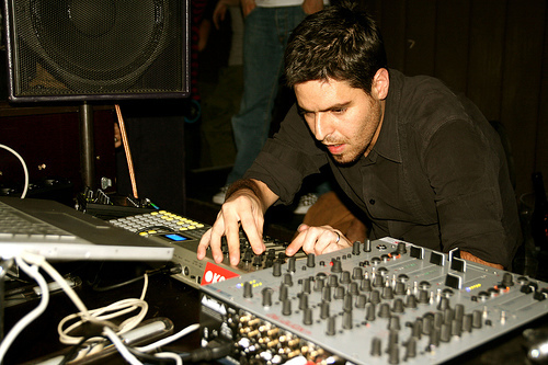 Gui Boratto Profile Link