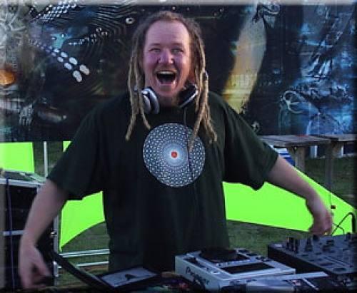 DJ Wichdotka Logo