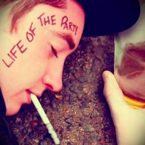 Samples: Life of the Party Review