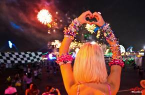 Electric Daisy Carnival Las Vegas 2013 Photo Slideshow (Day 2)