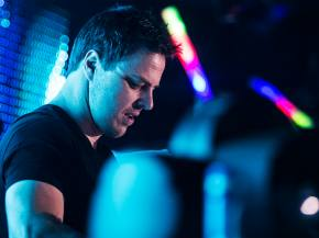 [PHOTOS] Markus Schulz brings his heat to the Bassmnt (San Diego, CA - Oct 2, 2014)