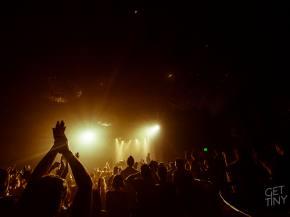 [PHOTOS] Simian Mobile Disco mobilizes its LA fan base (Sept 25, 2014) Preview