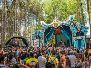 Vibe Street unleashes his Electric Forest Pretty Lights tribute set