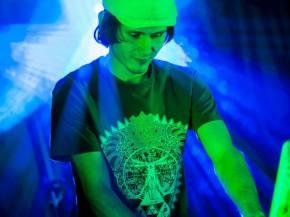 The Untz Festival Artist Spotlight: Sixis