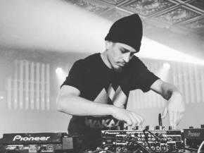 Shlump, Moniker hit Wormhole Wednesday for The Untz Festival pre-party