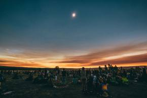 These pics are as close as you'll get to experiencing Oregon Eclipse.
