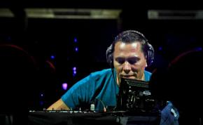 Tiesto Performs for Record-Setting Crowd in California