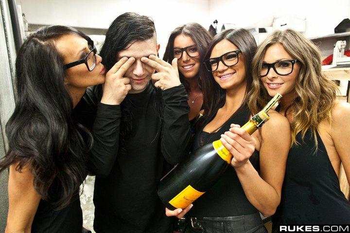 Skrillex - Greatest Dubstep Artists of All Time - Top 10